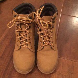 Women's Esprit wedge boot.  Size 7